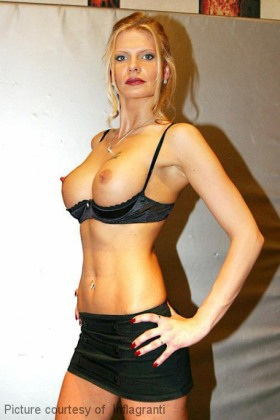Lulu Luestern