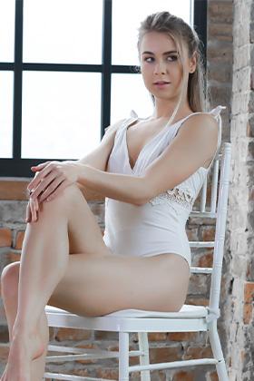 Alecia Fox