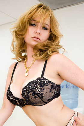 Die besten Violet Adamson Pornos (0 Videos)   EROTIK.com